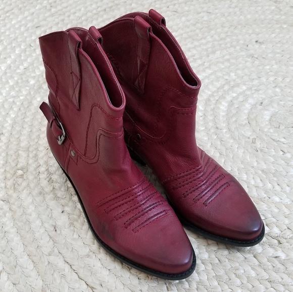 e2663bf87bc NWOB Franco Sarto Waco 2 Leather Boot NWT